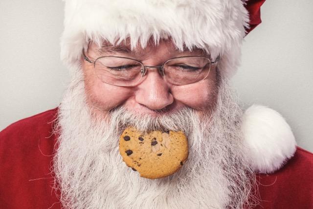 3 Secrets to Avoiding Sugar This Holiday Season, Stress Eating, Emotional Hunger, Overeating, Addictive Foods, Food Addiction, Mindless Eating